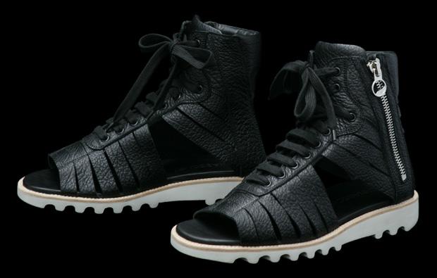 kris-van-assche-2010-ss-footwear-accessories-2
